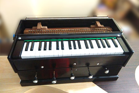 harmonium-indian-instruments-aruna-musicals-bangalore