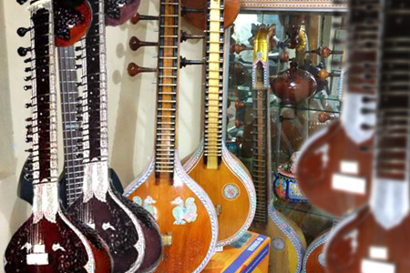 sitar-indian-instruments-aruna-musicals-bangalore